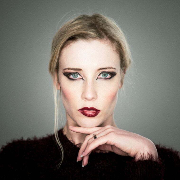 Kate Laura